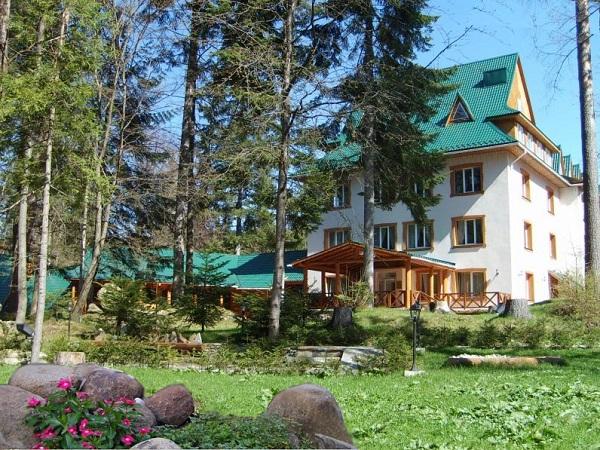 Hotel_Vodospad_Yaremche