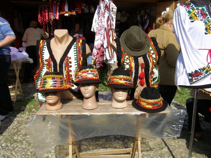 Косовский базар (фото взято с brenik.livejournal.com)